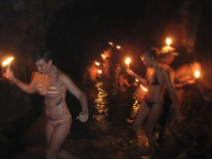 cavegirls